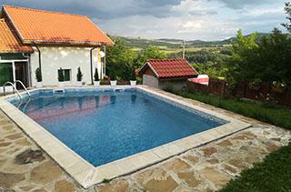 вила с басейн в балкана